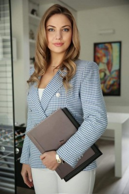 Adwokat Anna Krystowska
