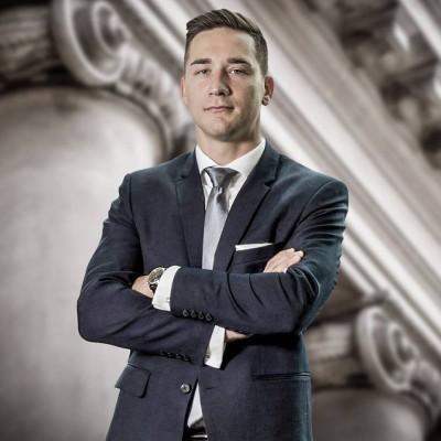 Adwokat Michał Gajda