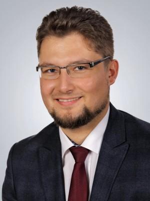 Adwokat Mateusz Szymkowiak