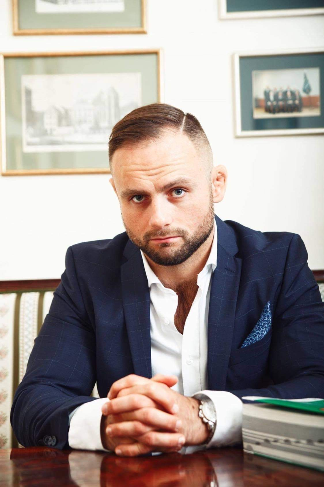 Adwokat Mateusz Królikiewicz