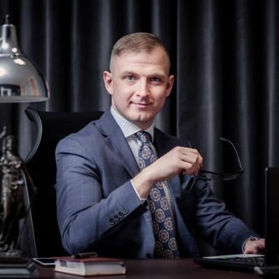Adwokat Łukasz Lecyk