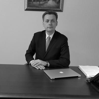Adwokat Paweł Banach
