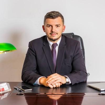 Adwokat Łukasz Bielawa
