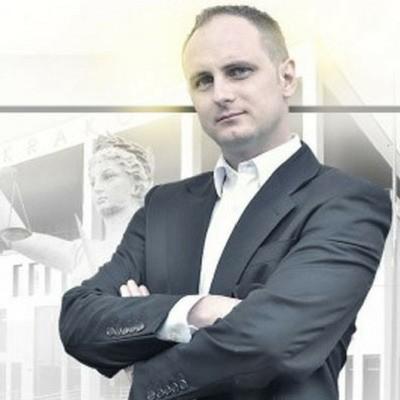 Adwokat Mateusz Pieczka