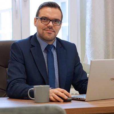 Adwokat Piotr Głyżewski