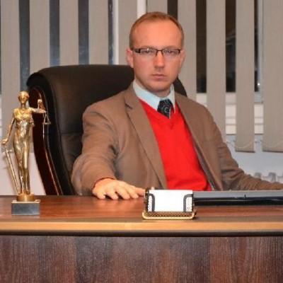 Adwokat Michał Mikołajczyk