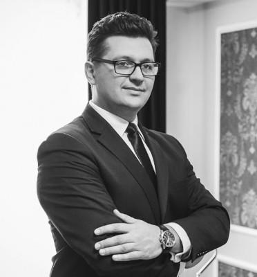 Adwokat Michał Wąż
