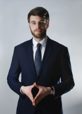 Adwokat Stefan Mrozek